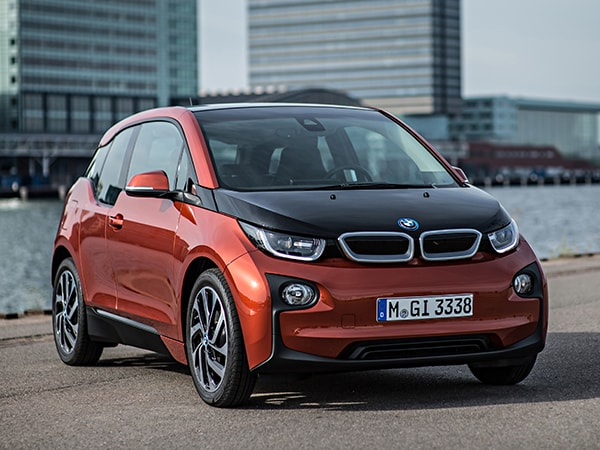 What Car Has The Best Gas Mileage >> The 40 Mpg Cars Of 2015 Latest Car News Kelley Blue Book