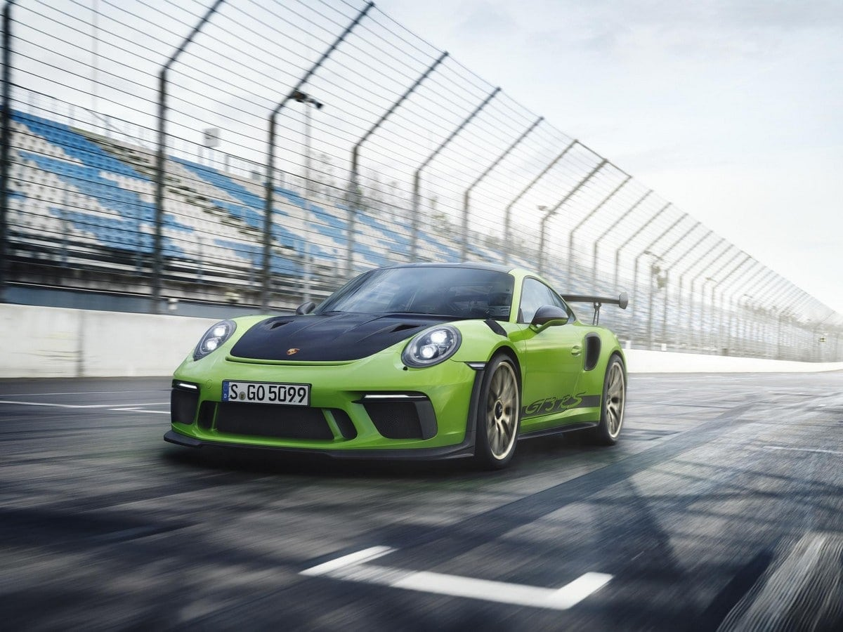 2019 Porsche 911 Gt3 Rs Debuts At Geneva Kelley Blue Book