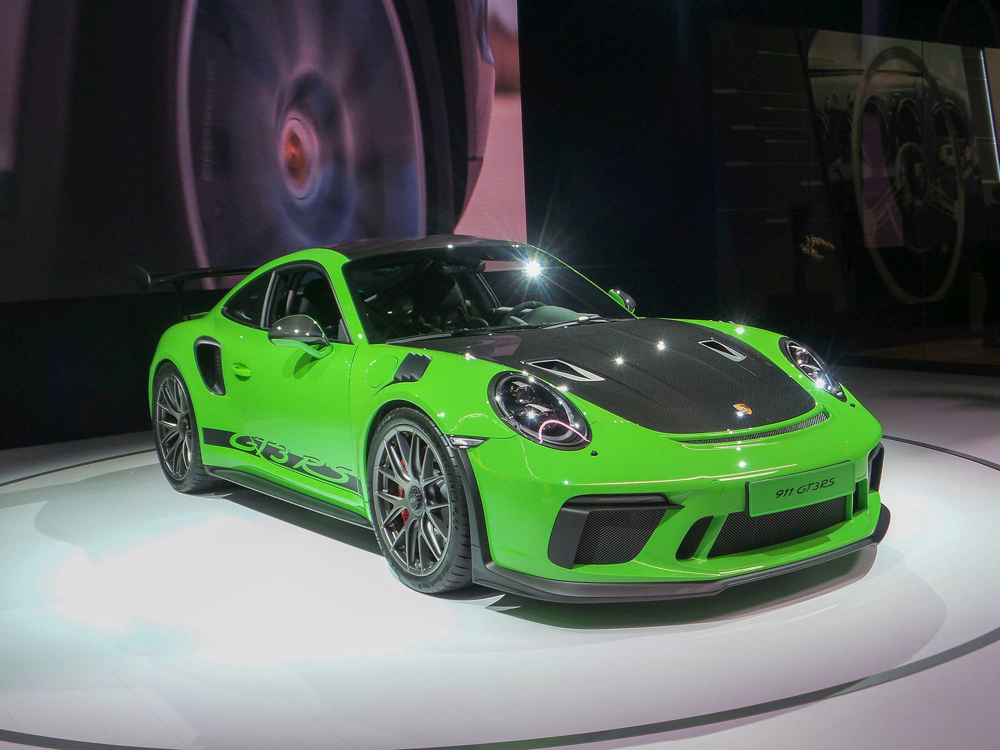 2019 Porsche 911 Gt3 Rs Weissach Makes Global Debut Kelley Blue Book