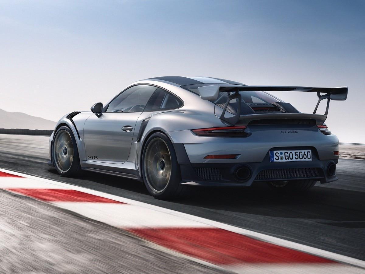 2019 Porsche 911 Gt2 Rs Vs 2019 Porsche 911 Gt3 Rs Comparison Kelley Blue Book