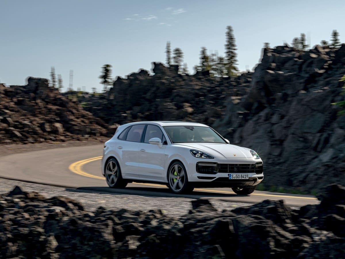 2020 Porsche Cayenne Turbo S E Hybrid First Review Kelley Blue Book