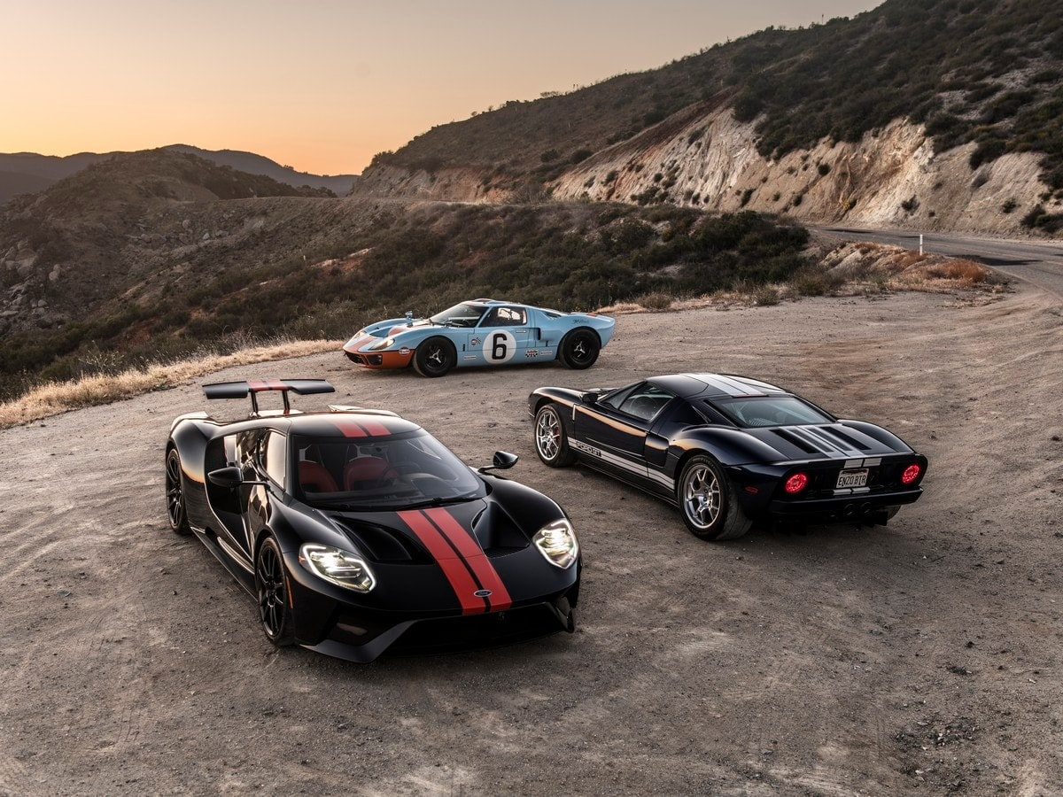 Ford Gt A Comparison Of Three Generations Kelley Blue Book