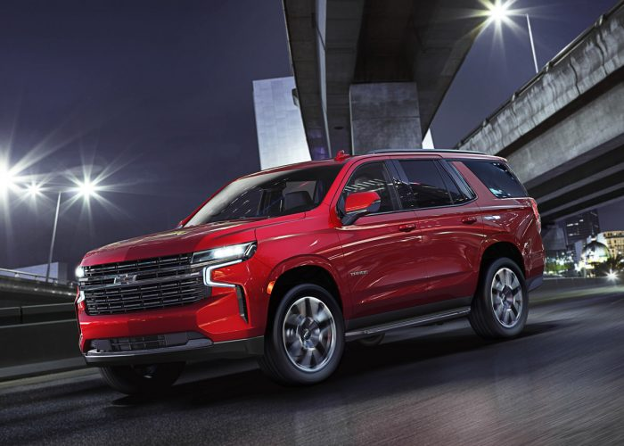 2021 Chevrolet Tahoe and Suburban First Look | Kelley Blue ...
