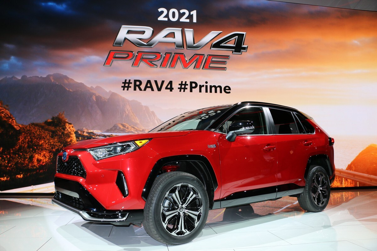 2021 toyota rav4 prime: a fast and practical plug-in