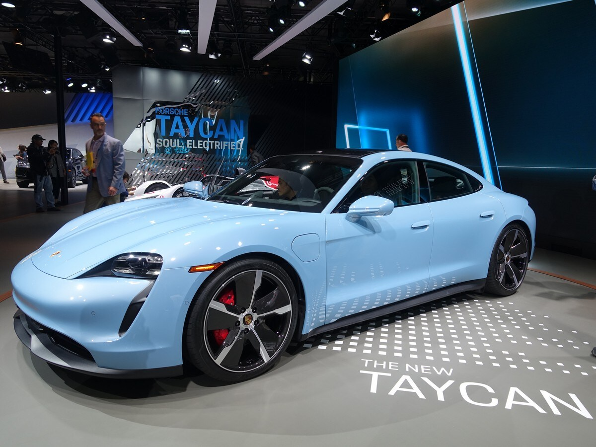 2020 Porsche Taycan Turbo And Turbo S First Review Kelley Blue Book