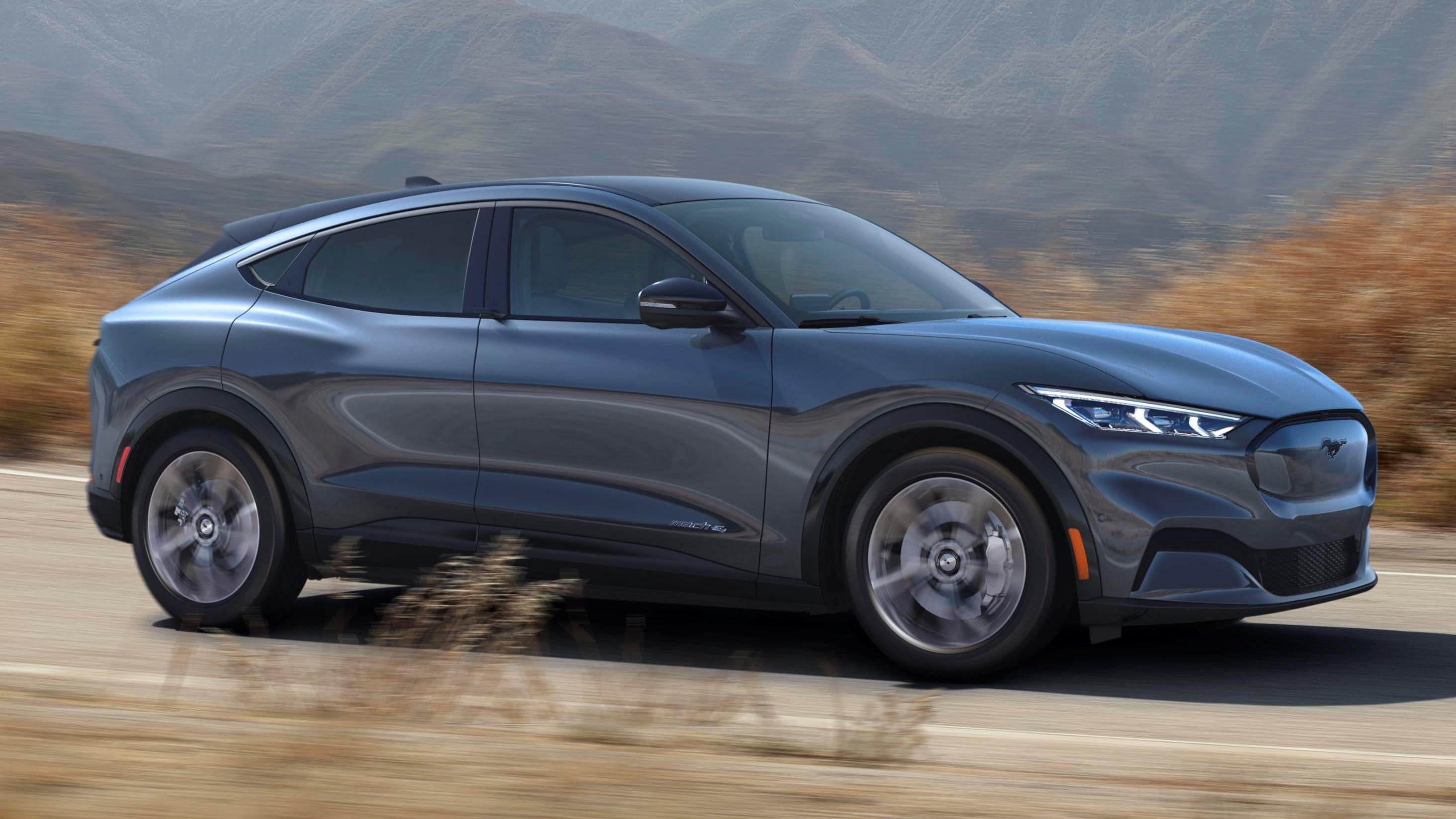 2022 Ford Mustang Mach-E vs. 2022 Volkswagen ID.4 Comparison