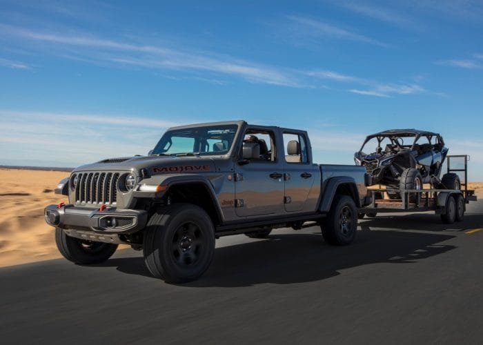 2020 Jeep Gladiator Mojave First Look | Kelley Blue Book