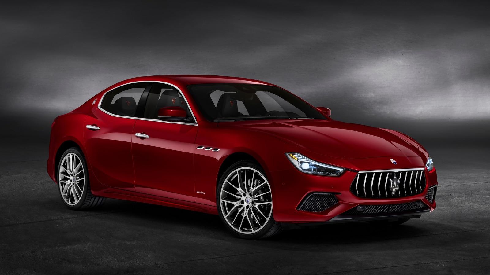 2020 Maserati Ghibli First Review | Kelley Blue Book