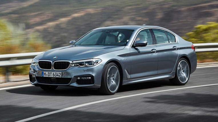2020 bmw 5 series first review  kelley blue book