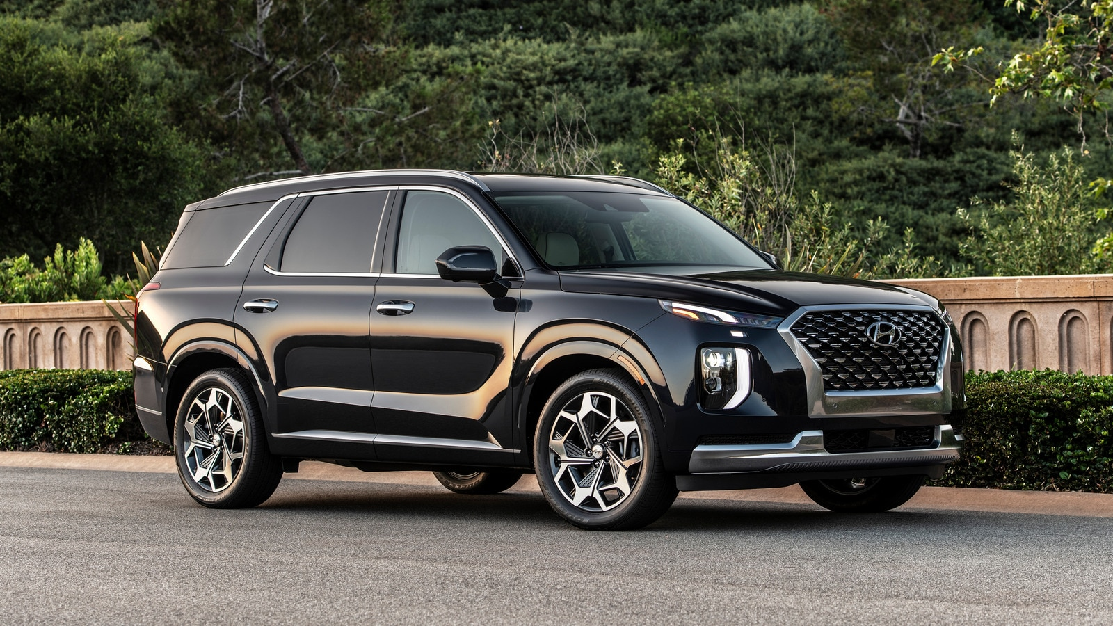 23 Best Midsize SUVs for 2021 | Kelley Blue Book