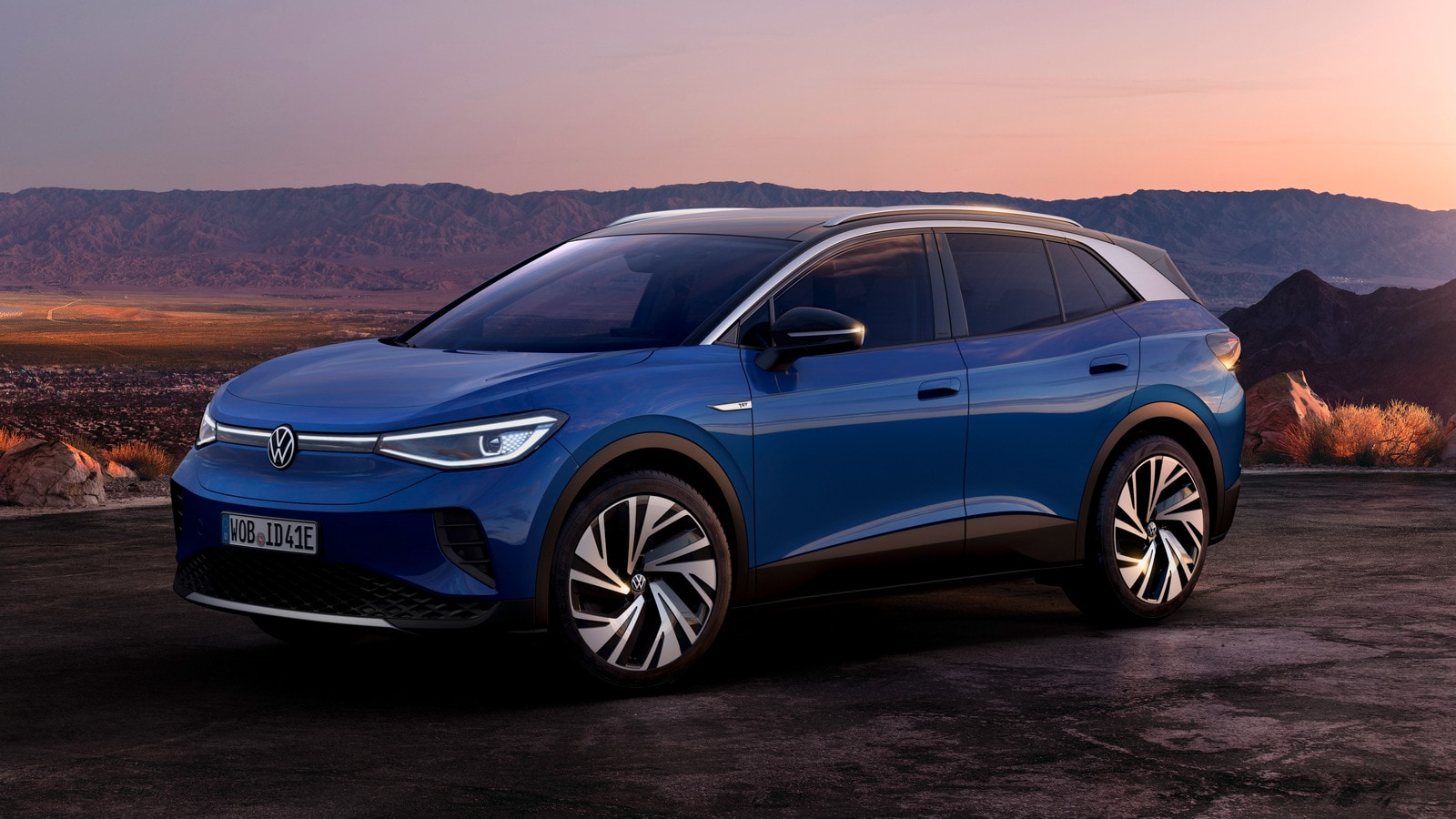 2021 Volkswagen Id4 blue on a hill
