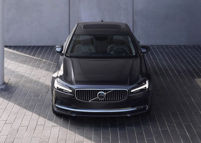 2021 Volvo S90 Review | Kelley Blue Book