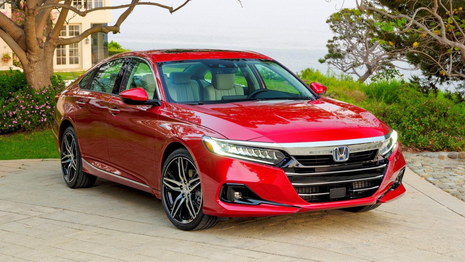 2021 Honda Accord vs. 2021 Nissan Altima Comparison ...