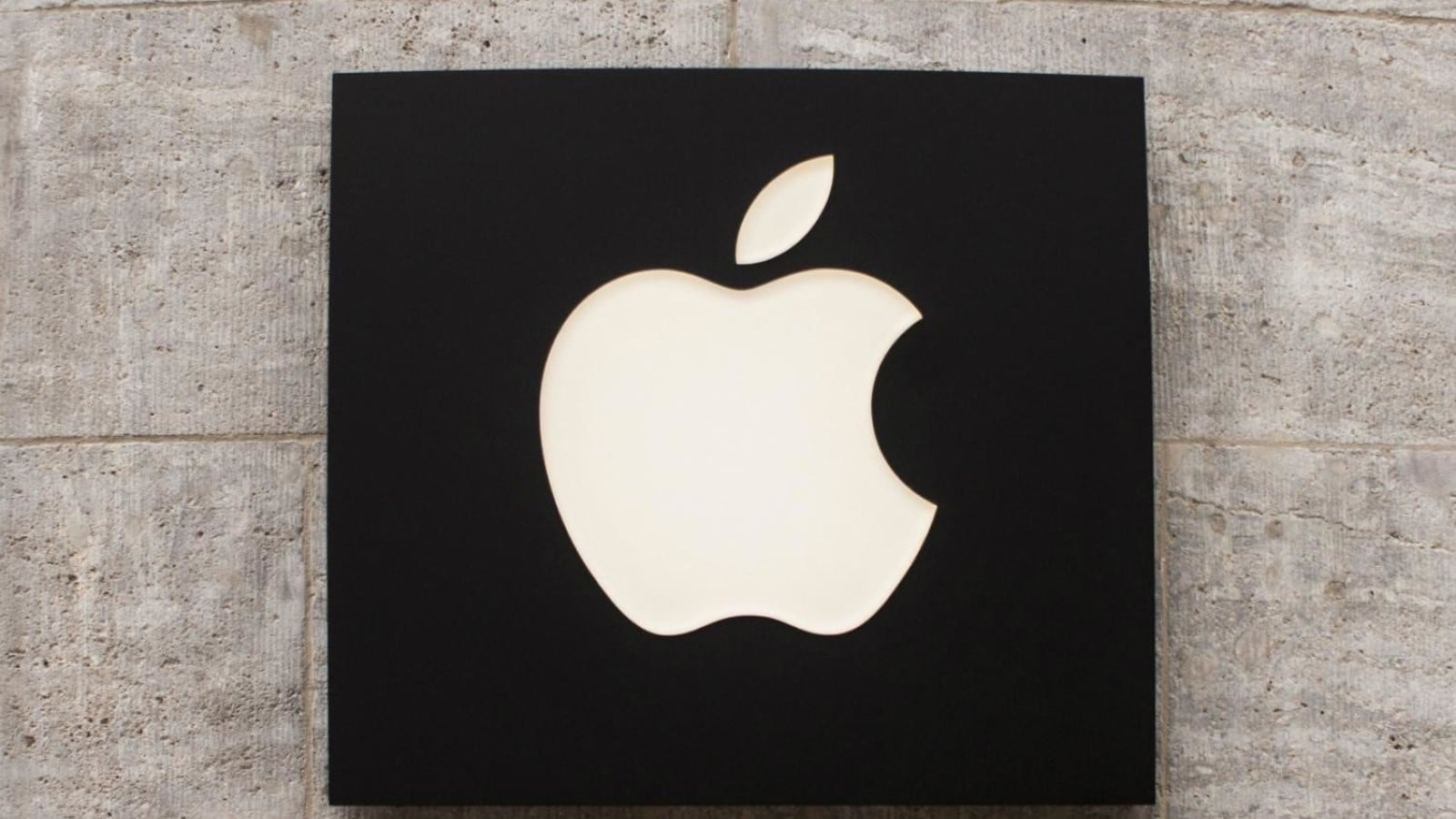 Apple Logo in black and white