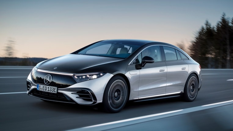 2022 Mercedes-Benz EQS two-tone black and silver, driving