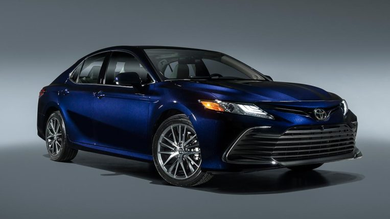 2022 Toyota Camry in blue