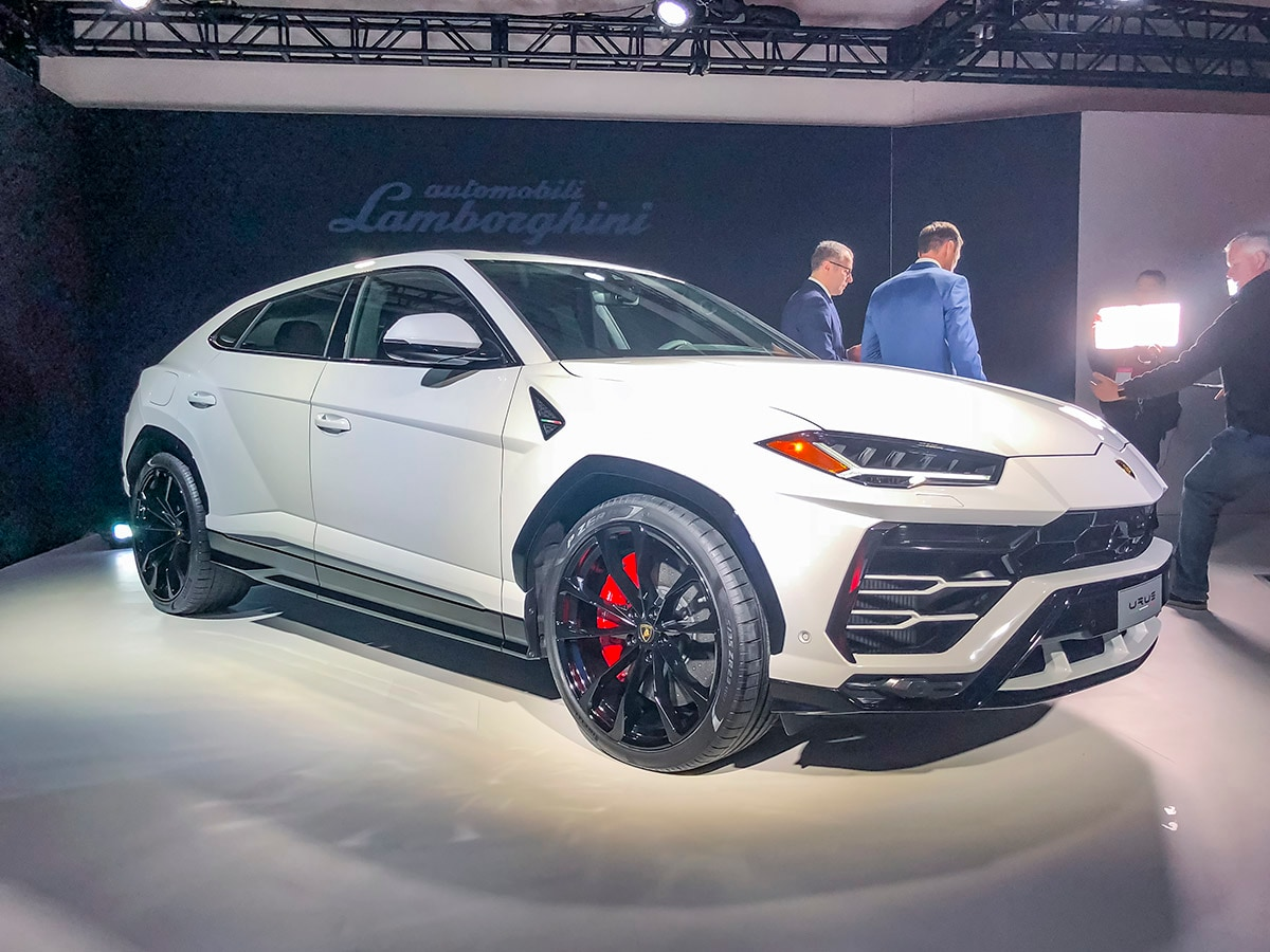 Lamborghini Suv Price >> 2019 Lamborghini Urus Raising The Ante In Luxury