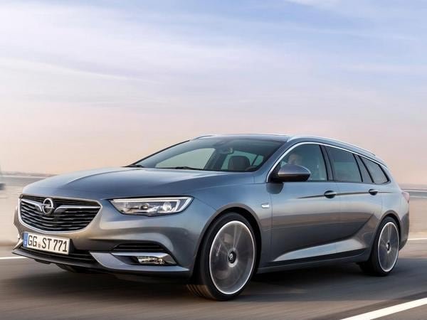 2021 Opel Insignia Country Tourer - Car Wallpaper