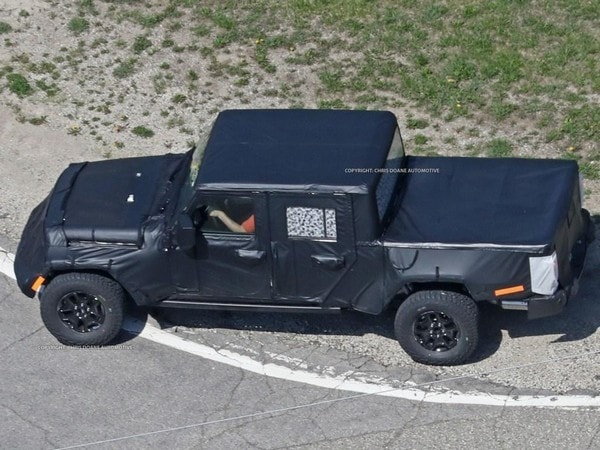 2019 Jeep Wrangler Pickup Spied Kelley Blue Book